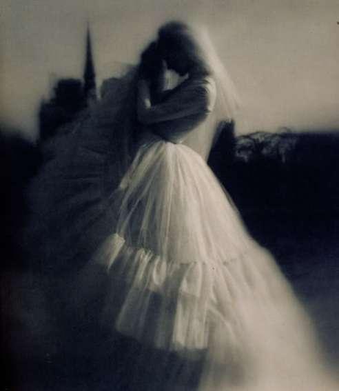 https://asweetdisorderinadress.files.wordpress.com/2012/08/lillian-bassman-wedding-dress1.jpg?w=260